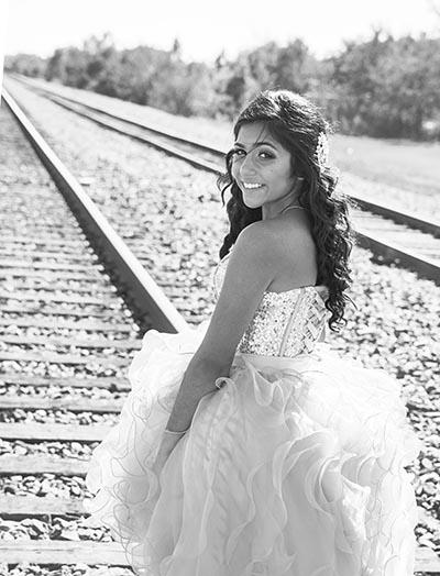 quinceaneras-train-tracks-Houston-Texas-Marin Fotografia y Video